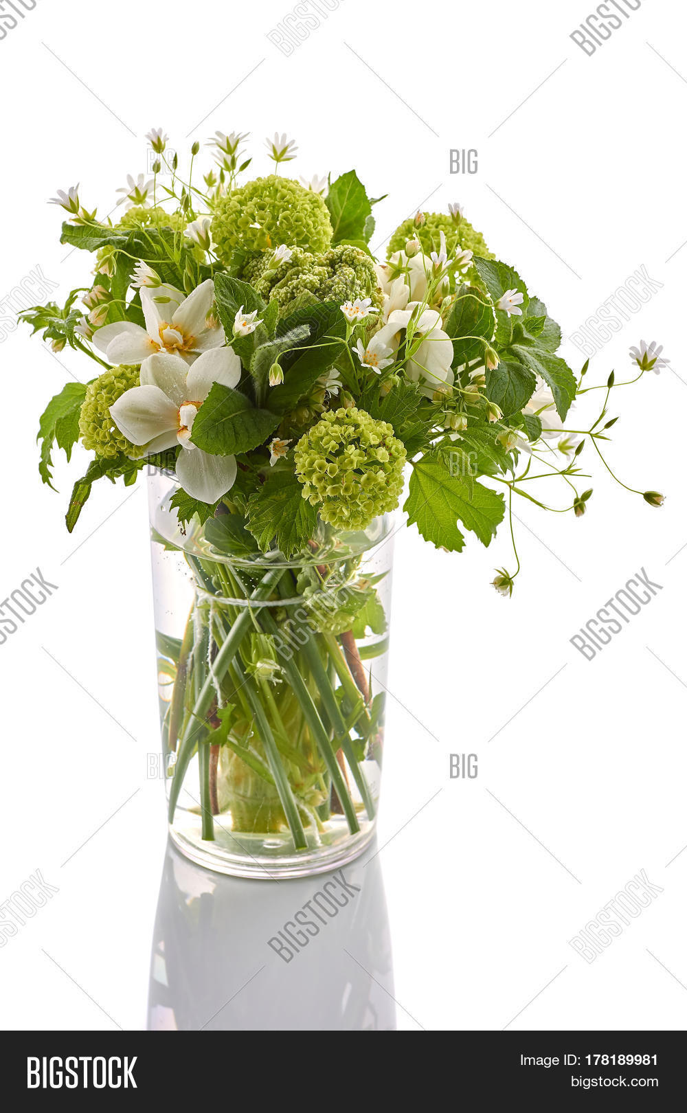 Bouquet Spring Flowers Image & Photo (Free Trial)   Bigstock