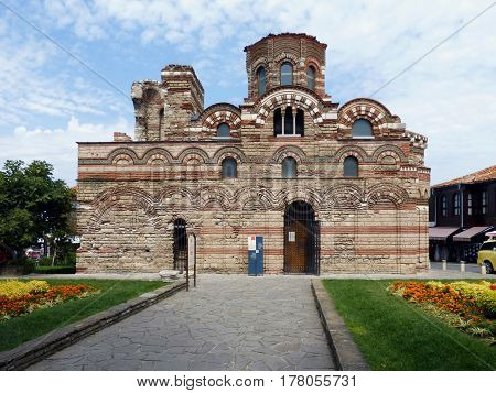 The Church of Christ Pantocrator Is a medieval Eastern Orthodox church in the Bulgarian town of Nesebar on the Black Sea coast. Part of the Ancient Nesebar UNESCO World Heritage Site