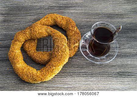 Turkish bagel, sesame bagel, crispy bagel, turkey bagels, bagels in various concepts, tea and pretzels pictures