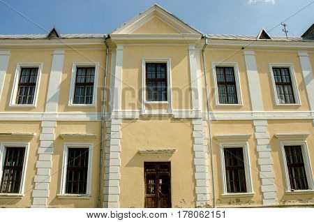 Vyshnivets Wisniowiec Ukraine - The Vyshnevetsky Wisniowieccy family palace