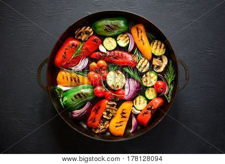 Grilled vegetables in a cast iron grilling pan view from above