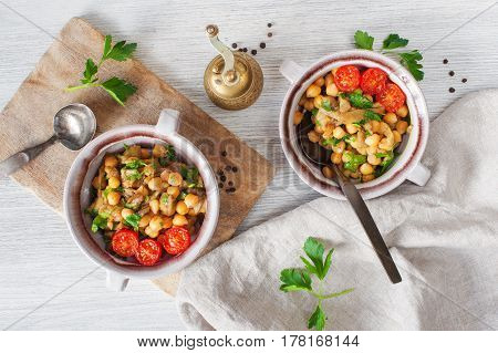 Oriental Salad With Chick-pea And Eggplants