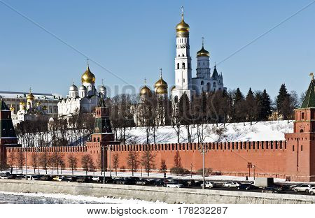 Moscow, Russia - February 02, 2017: Winter Moscow, View towards the Kremlin on the Kremlin embankment and Beklemishevskaya tower in the morning and snow