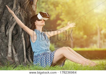 Beautiful Asian Woman Enjoy Vr Headset Glasses Device