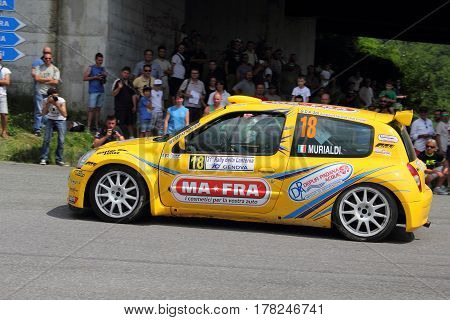 Torriglia Italy - June 06 2015-31 Rally Lantern: The Renault Clio conducted in race-crew Murialdi Valpreda (racing team Lantern) during the first test of speed 'of the race.
