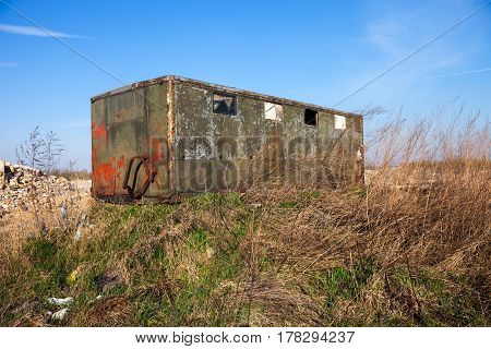The old abandoned metal shed for builders.