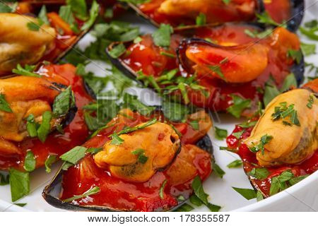 mussels with marinara sauce tapas pinchos from Spain food recipes