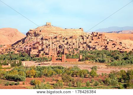 The fortified town of Ait ben Haddou near Ouarzazate Morocco on the edge of the sahara desert in Morocco Famous for its use as a set in many films such as Lawrence of Arabia, Gladiator