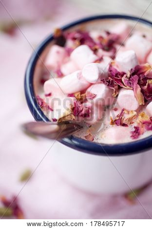 Hot Chocolate with rose and cardamom