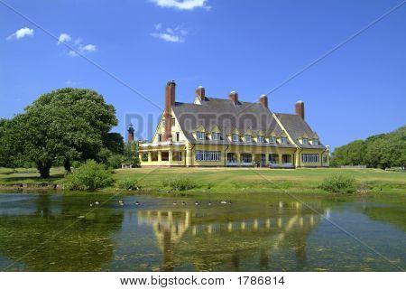 Whalehead House