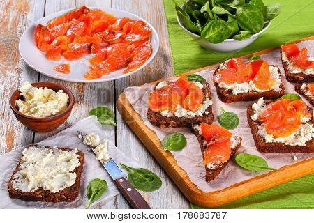 Open Sandwiches With Cream Cheese And Salmon