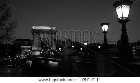 Black and white picture of Chain bridge in Budapest
