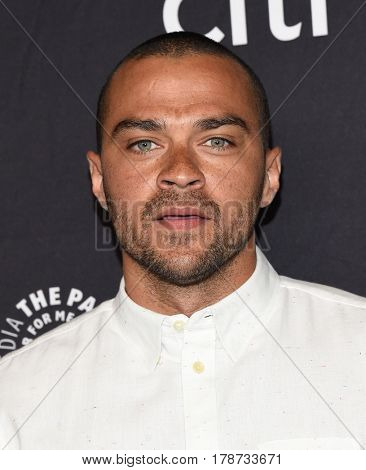 LOS ANGELES - MAR 19:  Jesse Williams arrives for the PaleyFest 2017-Grey's Anatomy on March 19, 2017 in Hollywood, CA