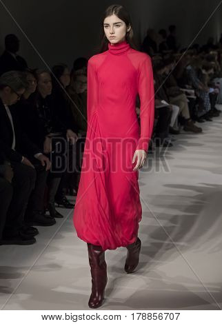 Victoria Beckham - Fall 2017 Collection