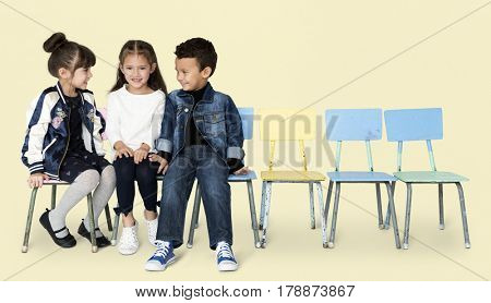 A friends are sitting and talking