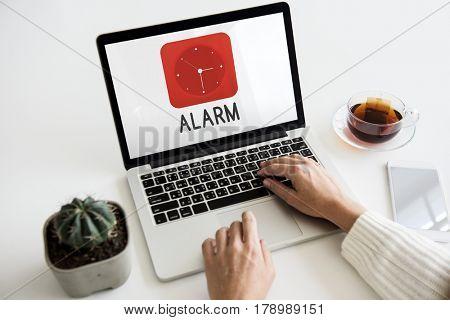 Time red analog alarm clock icon