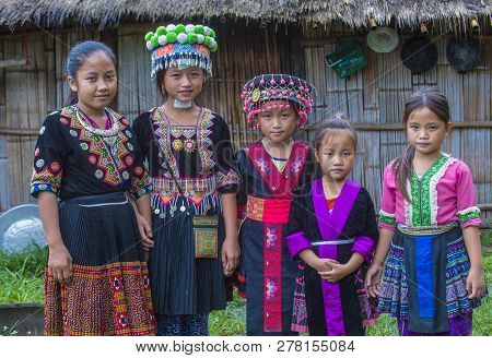 Bam Na Ouan , Laos - Aug 13 : Girls From The Hmong Minority In Bam Na Ouan Village Laos On August 13