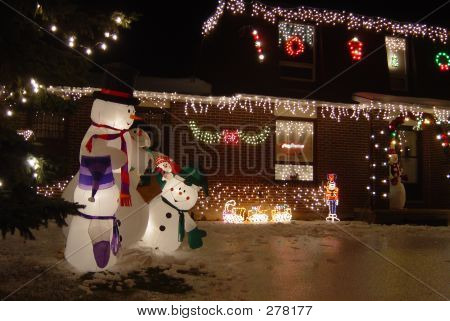 Family Of Snowman