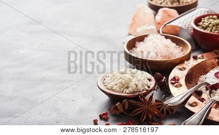 Aromatic Spices With Assorted Cooking Slats