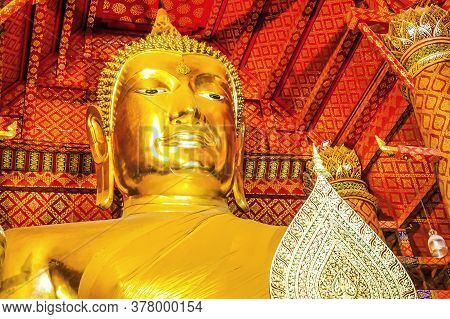 Wat Phanan Choeng Is A Buddhist Temple The Huge Buddha Statue Called Luang Pho Tho, Thai People Wors