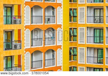 New Vintage Condo Building Blocks, Windows Pattern