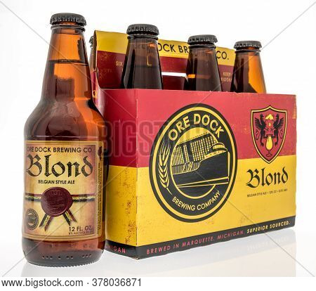 Winneconne,  Wi - 12 July 2020: A Six Pack Of Blond Belgian Style Ale Ore Dock Beer On An Isolated B