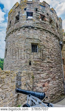26 July 2018 - Dartmouth, Devon, Uk:the Gun Tower, The First Of Its Kind In England, Was Built Betwe