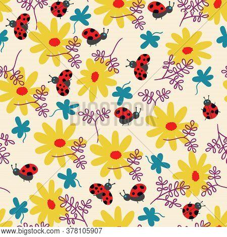 Summer Pattern Flowers And Ladybug Vector Illustration