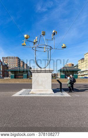 Brighton, England - August 30 2019: Hove Plinth, Brighton East Sussex, Adorned With Its First Sculpt