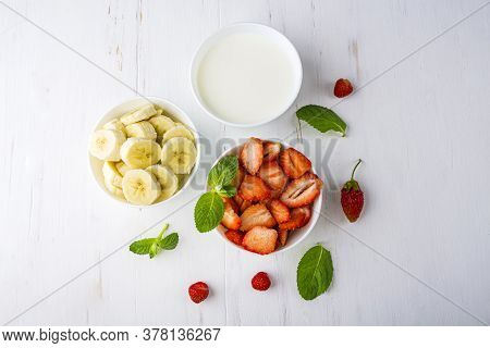 Step By Step Recipe. Cooking Homemade Pink Ice Cream. Step 1 Ingredients: Strawberries, Bananas, Mil