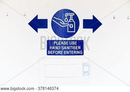 Use Hand Sanitiser Before Entering Shop Sign