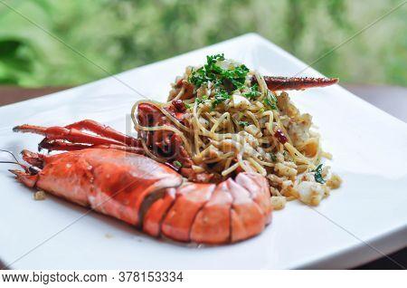 Spaghetti, Lobster Spaghetti Or Shrimp Spaghetti With Chili