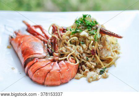 Spaghetti, Lobster Spaghetti Or Shrimp Spaghetti With Chilli