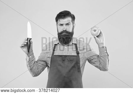 Ultimate List Of Cutting Techniques Every Chef Should Know. Bearded Man Prepare Tomato. Chef Prepare