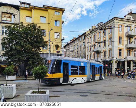 Sofia, Bulgaria -june 25, 2020: Walking People On Boulevard Vitosha In City Of Sofia, Bulgaria