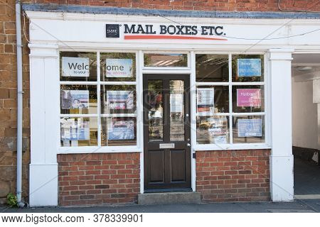 Mail Boxes Etc A Uk Post And Packaging Shop In Banbury In Oxfordshire In The Uk Taken On The 26th Ju