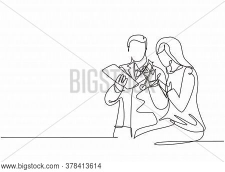 One Single Line Drawing Of Young Male Doctor Giving A Consultation Session To Female Patient While R