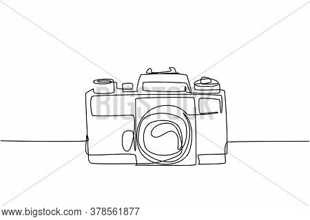One Continuous Line Drawing Of Old Retro Analog Slr Camera, Front View. Vintage Classic Photography