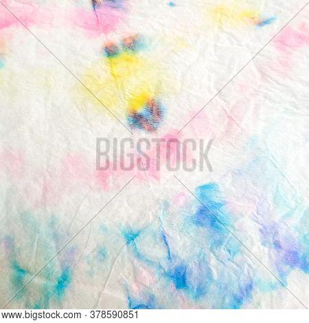 Indian Ikat. Aquarelle Modern Ornament. Dirty Art Tie-dye Pattern. Dye Background Print. Shibori Can