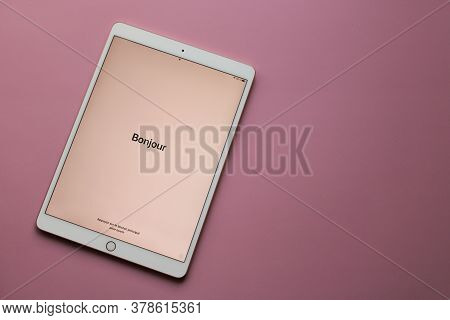 Moscow, Russia - April 19, 2020: The Electronic Tablet  Ipad Pro From Apple With The Word Bonjour On