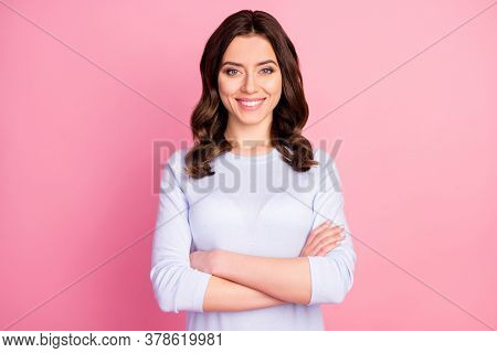 Photo Of Attractive Pretty Lady Toothy Smiling Self-confident Business Woman Arms Crossed Reliable P