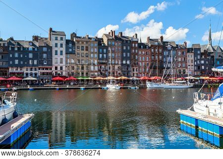 Onfleur, France - September 1, 2019: This Is A View Of The Old Historic Houses Along The Saint-cathe