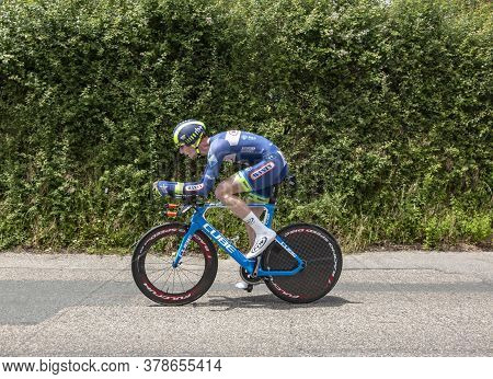 Bourgoin-jallieu, France - 07, May, 2017: The Belgian Cyclist Frederik Backaert Of  Wanty-groupe Gob