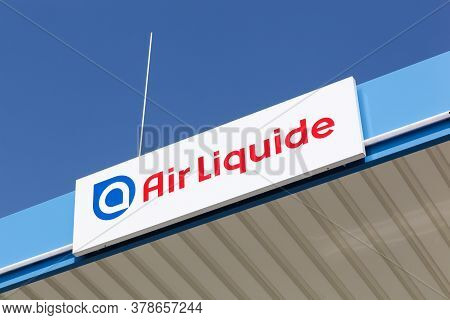 Kamen, Germany - July 22, 2018: Air Liquide Logo On A Building. Air Liquide Is A French Multinationa
