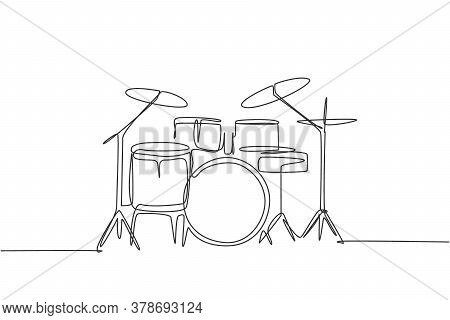 One Single Line Drawing Of Drum Band Set. Percussion Music Instruments Concept. Trendy Continuous Li