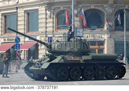 Moscow, Russia - June 20, 2020:medium Tank T-34-85 On Tverskaya Street During The Dress Rehearsal Of