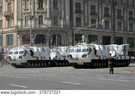 Moscow, Russia - June 20, 2020:arctic Self-propelled Anti-aircraft Missile Systems Pantsir-sa On Tve