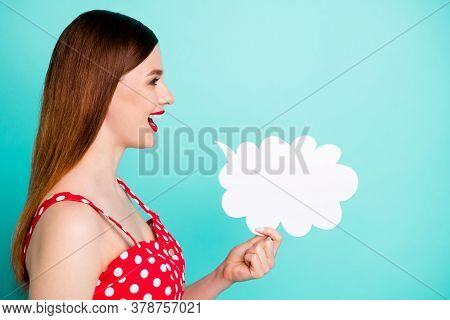 Profile Photo Of Attractive Pretty Lady Look Side Empty Space Hold Paper Mind Cloud Expressing Thoug