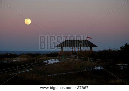 Pavillion Moon