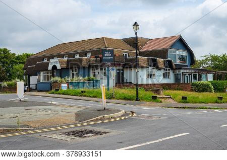 Parkgate, Uk: Jun 17, 2020: The Old Quay Is A Pub And Restaurant Operated By Mitchells And Butlers U
